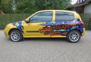 Renault Clio autodraugiem.lv dizaina izstrāde un auto aplīmēšana