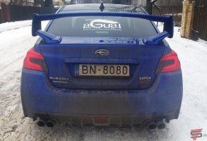 Subaru aizmugurējā stikla aplīmēšana