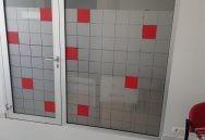 stikla sienas aplīmēšana ar matētu līmplēvi
