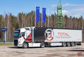 Volvo Total Transport vilcēja aplīmēšana